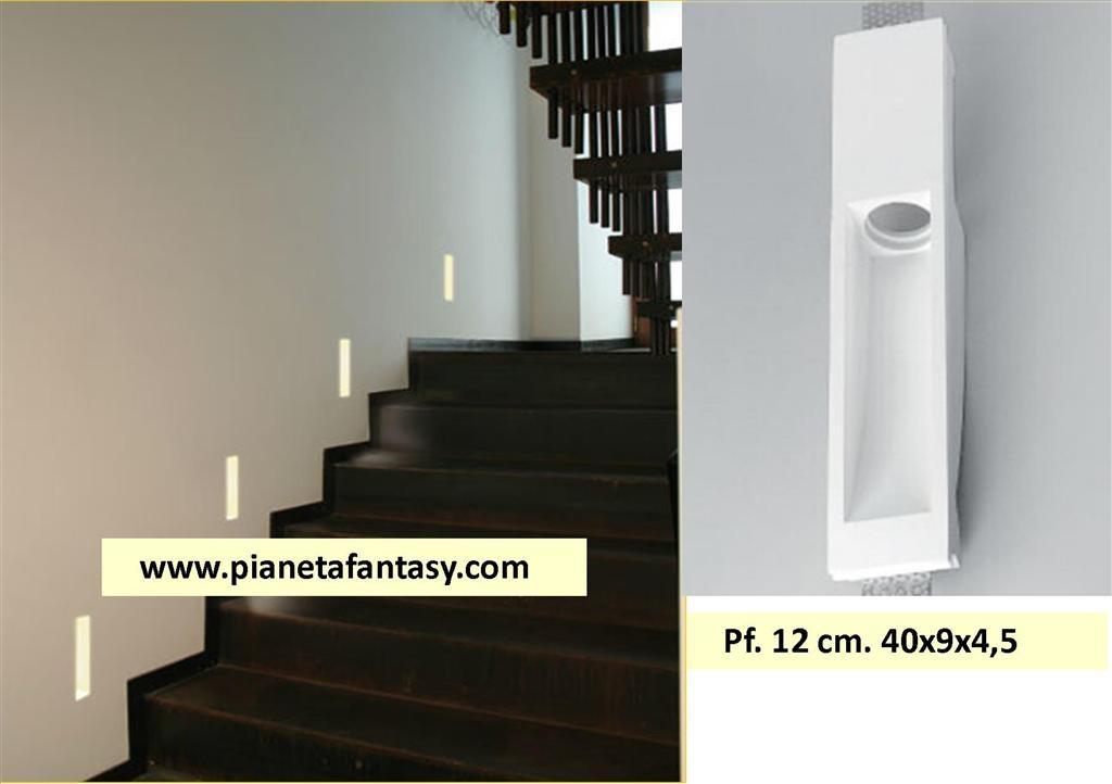 Porta faretto art pf12 rettangolare segnapassi in gesso for Segnapasso led per scale interne