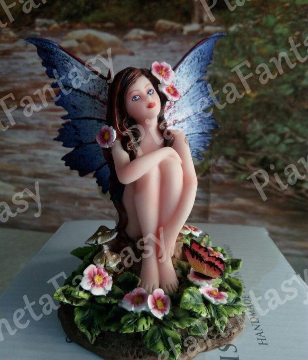 ata-art-042672-luzia-con-fiori-les-alpes